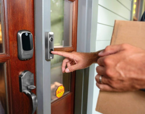 Simple Tips to Avoid Door Knocking Scams